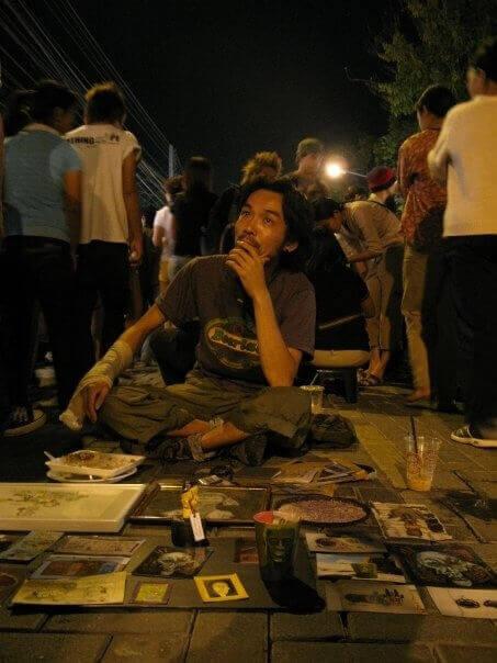 チェンマイのサンデーマーケットでの著者 2007年頃