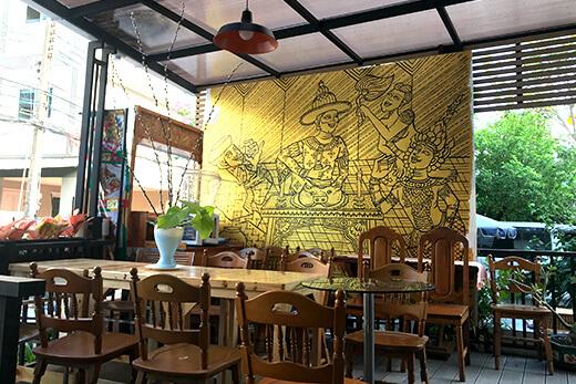 CREATIVE BRANCH 前のスペースに飾られた『サヤームの晩餐』